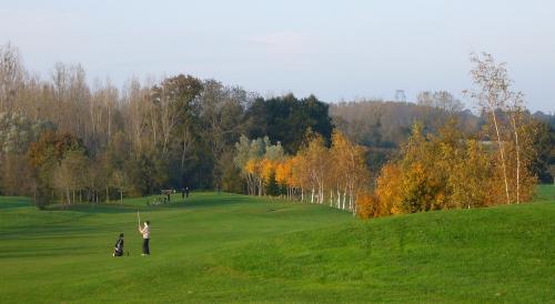 Golf de cesson sevigne ille et vilaine 35 golf passion - Piscine cesson sevigne 35 ...